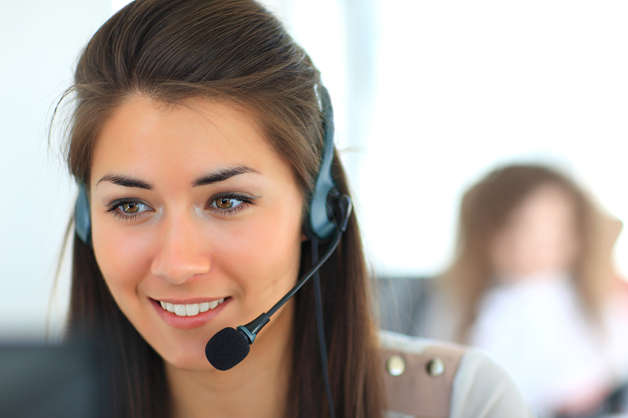 Call-centre-employee-with-earpiece